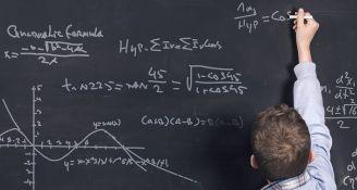 2018/09/kasperskylab-school-mathematics.jpg